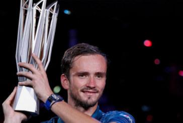 Даниил Медведев награжден званием заслуженного мастера спорта России