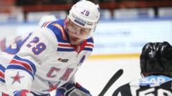 ХК «Амур» расторг контракты с Карповым и Каблуковым