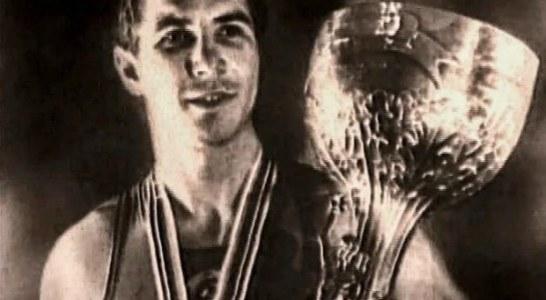 Кубок Вэла Баркера — высшая награда боксера-олимпийца