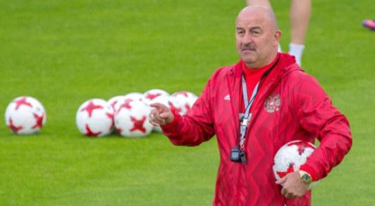 Станислав Черчесов выложил обращение к болельщикам сборной России